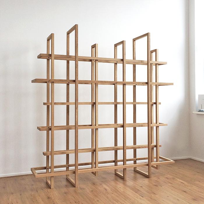 Frames houten boekenrek en room divider