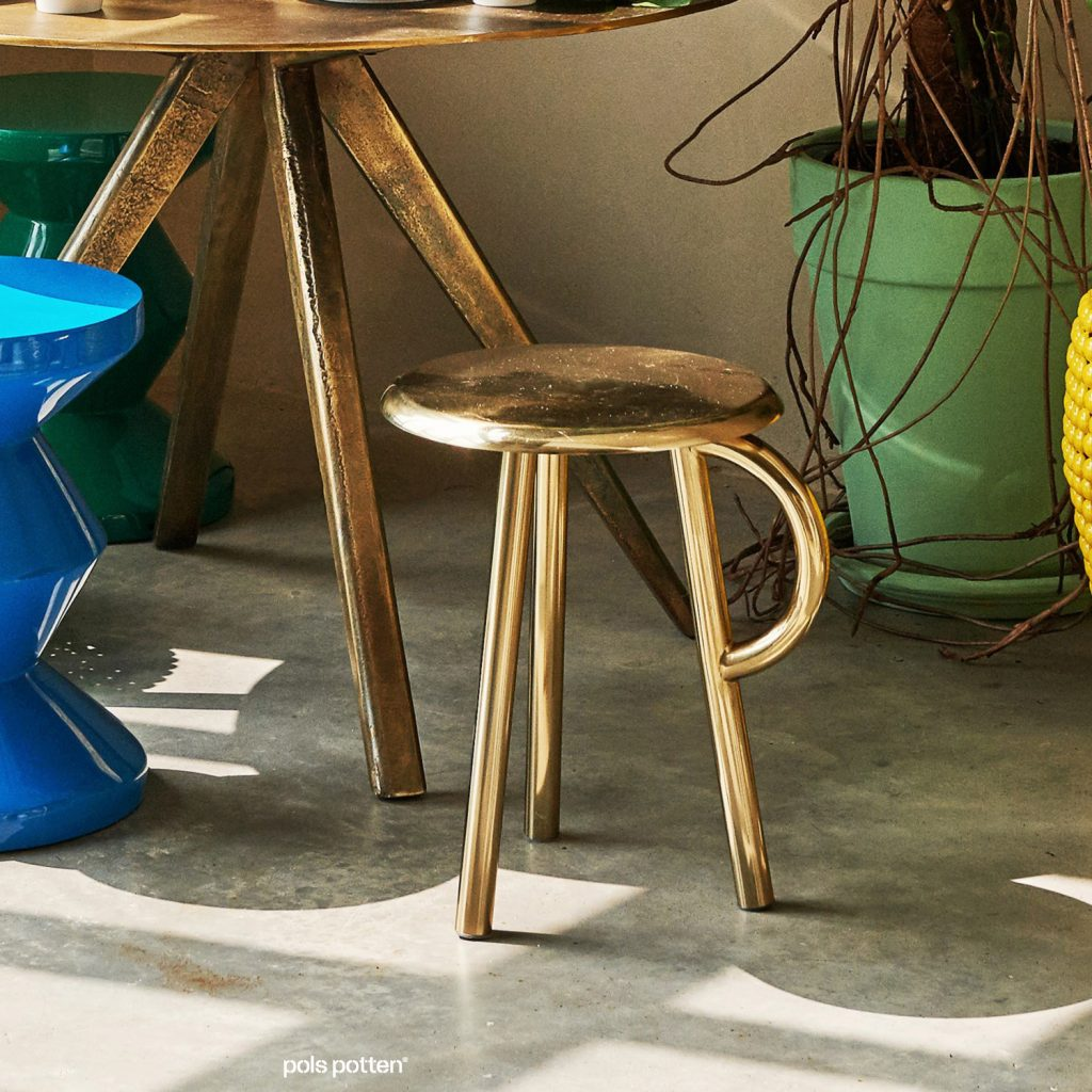 cow-handle-stool-by-gerard-de-hoop-pp