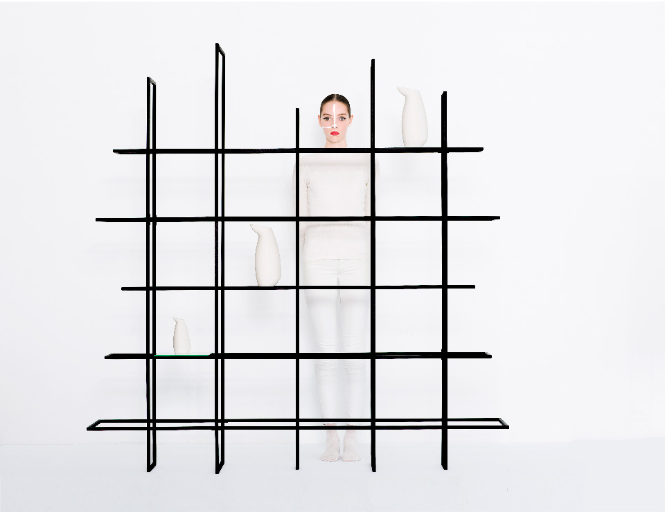 frames-rack-room-divider-slide